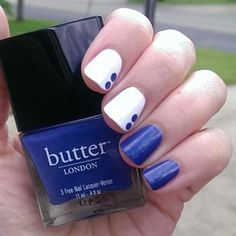 Simple design idea from Amy (@mcpolish).  I've not used my butter polishes in a long time!  I'd forgotten how smooth they are, especially this blue/indigo here.  @butterlondon Giddy Kipper, two coats (but it can be a careful one-coater). The white is also by butter LONDON and is called Cotton Buds.  This one is definitely a one-coater, but I did two out of habit.  #notd #butterlondon #bLgiddykipper #bLcottonbuds #giddykipper #cottonbuds #whitenails #bluenails #dotticure #McSpiration…