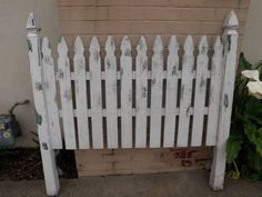 fence headboards | Queen Picket Fence Headboard for $100 for Sale in Goleta, California ... Homemade Headboards, Headboards For Beds, Headboard Ideas, Twin Headboard, Picket Fence Headboard, Picket Fence Decor, Box Bed, Used Furniture For Sale, Selling Furniture