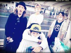 WE LOVE to rock like ONE OK ROCK!
