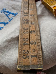 Warrented Boxwood Ruler Wooden Folding Ruler One by BrocanteArt Vintage Tools, Vintage Love, Etsy Vintage, Knitting Tattoo, Yard Sticks, Vintage Sewing Notions, Machine Tools, Antique Lace, Haberdashery