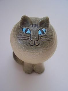 Figurine by Lisa Larson.