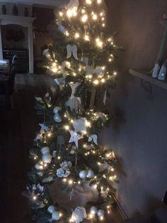 Deze foto werd ons toe gezonden door een klant en laat zien wat  voor moois ze hebben gemaakt  met onze  Clematis/ Kerst/ Vogelvoer Spiraal