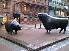 Bull and bear statues in Frankfurt, Germany.