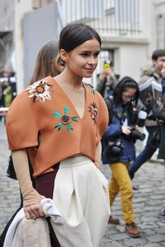 just quietly, can we have a closer look at that? Mira in Delpozo in Paris. stunning. #MiroslavaDuma