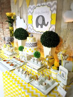 Elephant theme boy baby shower – Baby Shower Ideas for Girls – Grandcrafter – DIY Christmas Ideas ♥ Homes Decoration Ideas Baby Shower Themes Neutral, Baby Shower Yellow, Baby Shower Brunch, Baby Shower Table, Baby Shower Cupcakes, Baby Shower Gender Reveal, Baby Boy Shower, Gender Neutral, Elephant Birthday
