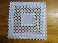 Leinen-Deckchen, weiß, 18 x 18 cm, Hardanger-Handarbeit