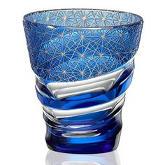 Cut Glass, Glass Art, Glass Photo, Himmelblau, Glass Vessel, Faceted Glass, Decoration Table, Glass Design, Colored Glass