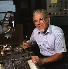 2001- Karsten Solheim is posthumously inducted into the World Golf Hall of Fame for his contributions to the game of golf. It marks the first time an engineer and manufacturer would receive such an honor.