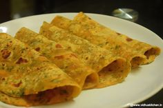 Spinach and Carrot Paratha: 1 cup Wheat flour, ½ cup Spinach, 2 Carrots, ¼ tsp Cumin seeds, ½ pinch Grated ginger, Salt, Oil for cooking