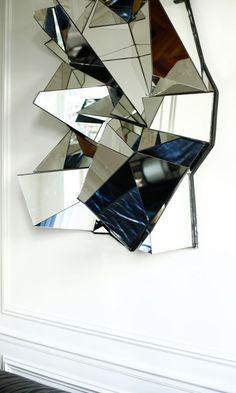 Miroir Mathias Kiss, Galerie Armel Soyer, à découvrir sur le site The Socialite Family.