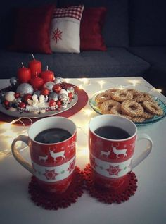 (no title) (no title) (notitle) (notitle) Homemade Hot Chocolate, Hot Chocolate Bars, Merry Christmas And Happy New Year, Christmas Time, Coffee With Friends, Illustration Noel, Tea And Books, Good Morning Coffee, Christmas Aesthetic