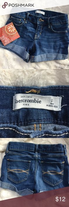 Abercrombie Jean shorts. Cute Abercrombie Jean shorts. Kids, size 14.  Equal to a 00. Abercrombie & Fitch Bottoms Shorts