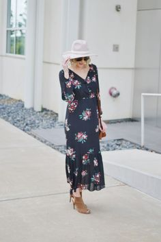 LOFT floral boho midi dress with hat, peep toe booties, and suede Rebecca…