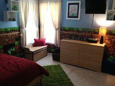 Minecraft bedroom Minecraft Bedroom Decor, Minecraft Room, Minecraft Decorations, Minecraft Party, Bedroom Themes, Kids Bedroom, Bedroom Ideas, New Room, Game Room