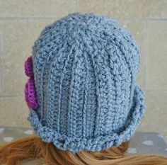 Crochet Vintage Cloche Hat, Grey 20's Lady Hat, Pink Flowers Hat, Size M - L, Romantic Hat for Girls and Women, Chic Hat