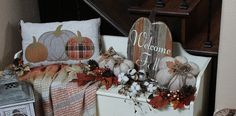 Southern Seazons: Fall bench in entry