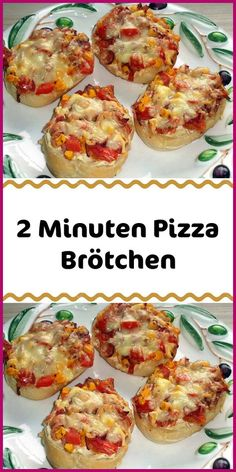 2 Minuten Pizza Brötchen Ingredients 4 rolls Aufbackbrötchen or bright fresh rolls 1 kl. Glass of tomato sauce or homemade 1 bag of cheese grated (Emmentaler Gouda mozzarella .) 200 g of cooked ham Toast Pizza, Snacks Pizza, Pizza Recipes, Alfredo Recipe, Pesto Recipe, Easy Cooking, Cooking Tips, Good Pizza, Pizza Pizza