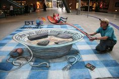 Julian Beever - Is he about to flip that person? lol