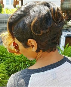 STYLIST FEATURE| Fierce cut @mrskj5 ✂️ Love the color and curls ➰ #atlantastylist #shorthair #haircolor #curls #voiceofhair ========================== Go to VoiceOfHair.com ========================= Find hairstyles and hair tips! =========================