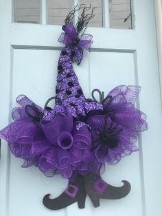 Halloween Deco Mesh, Halloween Witch Hat, Outdoor Halloween, Halloween Decorations, Halloween Wreaths, Witch Hats, Outdoor Decorations, Halloween 2020, Happy Halloween