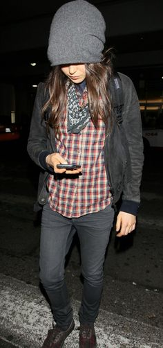 Ellen Page kerchief and beanie. Why is she so perfect?!