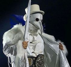 Whenever I see these all I can think about is THE VILLAN MARTY SCURLL seriously if you want to see a sick pro wrestling entrance look him up : medievaldoctor Kenny Omega, Japan Pro Wrestling, Wrestling Stars, Lucha Underground, Plague Doctor, Professional Wrestling, The Villain, Alien Logo, Funny Cute