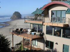 Neskowin Vacation Rental - VRBO 490898 - 6 BR Northern Coast House in OR, Spring Break Special! Ocean Front-6 Bdrm,Hot Tub, Sleeps 18. $895-$1195, pets considered