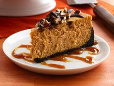 turtle pumpkin cheesecake. making this for thanksgiving this year