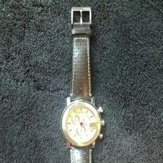 Authentic Gucci watch Amazing Gucci watch with lather bracelet Gucci  Accessories Watches