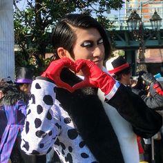 #手下 #ダルメシア Disney Villains Art, The Villain, Pixar, Cartoons, Costumes, Awesome, Instagram Posts, Pixar Characters, Cartoon