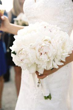 white peony bouquet Photography by Braedon Photography / http://braedonphotography.com, Planning and Design by Lux Events and Design / http://luxeventsanddesign.com, Floral Design by Paradise Florist / http://paradisefloristla.com