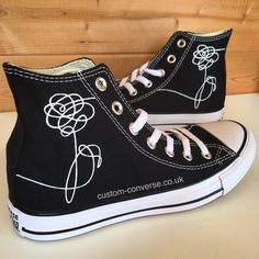 BTS Love Yourself Flower Emblem Converse Trainers BTS Love Yourself Flower emblem hand painted onto a black pair of high top converse trainers [. Converse Haute, Converse Noir, Cute Converse, Converse Trainers, Sneakers Mode, Sneakers Fashion, Fashion Shoes, Bride Converse, Converse Fashion
