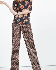 PRINTED TROUSERS-Wide-TROUSERS-WOMAN | ZARA United States