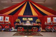 Use half the VFW to make tent Circus Carnival Party, Circus Theme Party, Carnival Birthday Parties, Carnival Themes, Circus Birthday, First Birthday Parties, Birthday Party Themes, First Birthdays, Circus Party Decorations