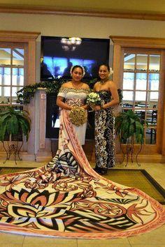 Amazing wedding dress from Samoa Island Wedding Dresses, Wedding Dresses Photos, Island Weddings, Samoan Wedding, Polynesian Wedding, Tongan Wedding, Polynesian Art, Tongan Culture, Samoan Dress