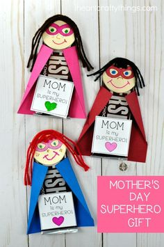 Celebrate your Mom this year with this awesome DIY Superhero Mother's Day Gift. Customize the printable template to look just like your Mom. Fun Mother's Day crafts for kids, kid-made Mother's Day gift ideas and Mother's Day kid craft.