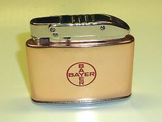 """COLOR-ELOXAL AUTOMATIC LIGHTER WITH """"BAYER"""" MOTIF/LOGO - 1950 - MADE IN GERMANY Sammeln & Seltenes:Tabak, Feuerzeuge & Pfeifen:Feuerzeuge:Alt (vor 1970)"""