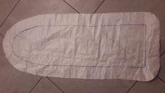 Tuto Housse table à repasser - les cousettes de clochette Bed Pillows, Pillow Cases, Outdoor Blanket, Sewing, Facial, Tables, Diy, Home, Couture Facile