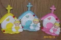 Andru Porcelana Fría: Angelitos con capilla Souvenirs Baby Doll Set, Biscuit, Nativity, Clay, Baby Shower, Dolls, Christmas Ornaments, Holiday Decor, Crafts