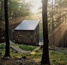 SUNBEAM DREAMS ♥ Have you ever dreamed of owning a place in the mountains to just be? Did your dream looked a little like this?  @ http://tinyhouseswoon.com/beaver-brook-cabin/