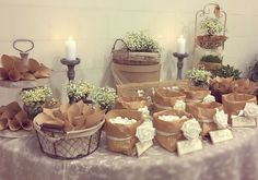 Candy bar - confettata - charme en blanc - sweet table in country style. Candy Table, Candy Buffet, Dessert Table, Sweet Table Wedding, Rustic Wedding, Sweet Tables, Candy Bar Wedding, Wedding Places, Rustic Table