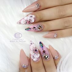 Gel Nail Designs You Should Try Out – Your Beautiful Nails Glam Nails, Bling Nails, Stiletto Nails, Beauty Nails, Fun Nails, Beauty Makeup, 3d Nail Designs, Flower Nail Designs, Acrylic Nail Designs