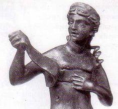 """Cicerón también menciona el """"strophium"""" que es descripto como una banda para los…"""