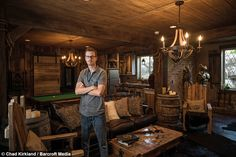 Guy spends $50,000 remodelling his basement Elder Scrolls style - Album on Imgur