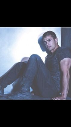 Theo James on Pinterest   Theo James, Tobias and Divergent