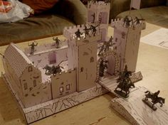 This Medieval Castle paper model  in 1/72 scale  can be used in  RPG, Wargames and also at school , to show the basic fundaments of this t...