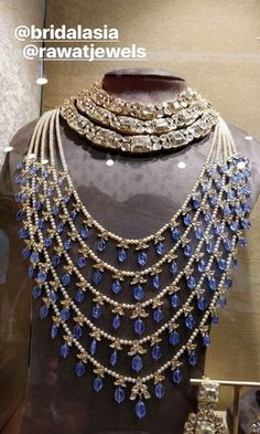 Antique Jewellery Designs, Gold Earrings Designs, Gold Jewellery Design, Bead Jewellery, Victorian Jewelry, Bling Bling, Coral Jewelry, Jewelry Sets, Silver Jewelry