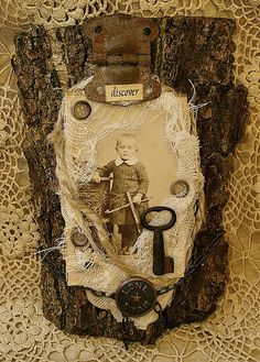 assemblage on tree bark by saray-viola, via Flickr
