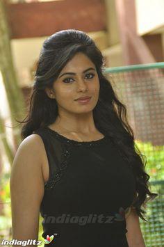 Malayalam Cinema, Malayalam Actress, Still Image, Actress Photos, Bollywood, Actresses, Actors, Faces, Portraits