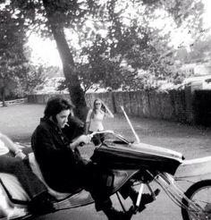 "{*Elvis at Graceland ""on one Ov his rides :)"